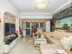 中海怡瑞山居 精装3房,方正舒适,满5年少税二手房效果图