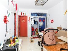 国展苑 实图;关口电梯两居室东南向,部分家私电器,拎包住,租房效果图