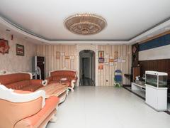 金碧世纪花园 5室2厅1厨2卫96.0m²整租租房效果图