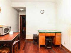候潮公寓 2002年房龄,公积金首付30%,南北通透两房二手房效果图