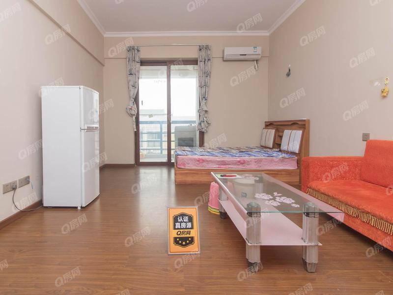 8克拉 1室0厅0厨1卫 34.57m² 精致装修
