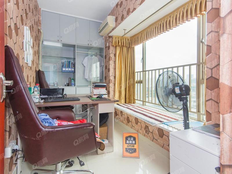 万骏汇商务公寓 红本商品房 户型方正 港隆城商圈
