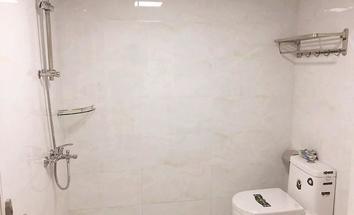 深圳博丰大厦洗手间照片_博丰大厦 急租,精装修,南向,复式二层,户型实用,做办公很好