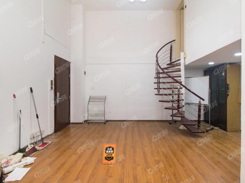 世金汉宫 4室2厅0厨2卫51.69m²满五年