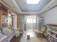 丽湖花园 3室2厅1厨1卫 74.0m² 精致装修二手房效果图