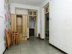 翠苑三区 1室1厅1厨1卫 40.47m² 普通装修二手房效果图