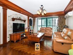 鸿翔花园 4房2厅 175.57平   看花园 业主急售二手房效果图