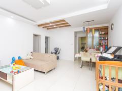 高尔夫花园 2室2厅1厨1卫 103.22m² 精致装修二手房效果图