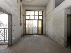 尚东尚筑 毛坯房源三房高层,地铁就在家门口周边配套齐全二手房效果图