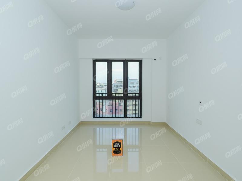 华盛峰荟名庭 1室0厅1厨1卫 33.74m² 精致装修