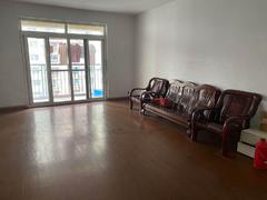滨湖和园 3室2厅1厨2卫 139.23m² 毛坯二手房效果图