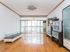 东方花园 3室2厅1厨2卫 126.0m² 满五年二手房效果图