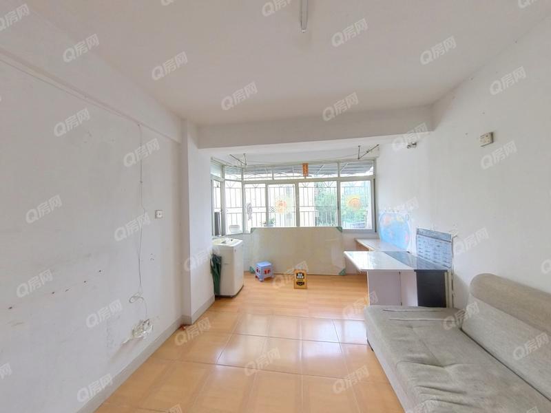 泰安花园 新安便宜的两房出售。满五家庭一套房,红本在手