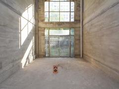 听涛雅苑 6室2厅1厨3卫 139.73m² 毛坯二手房效果图
