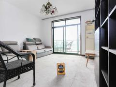 凤凰城家家景园桂香堤岸二期 复式楼,送大露台,小区环境好,住户素质高二手房效果图