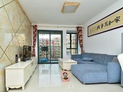 丰泰东海城堡一区 精装修3房 两厅两卫诚心出租 高楼层朝花园