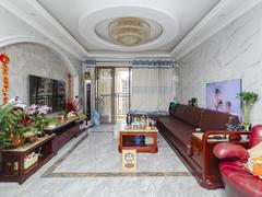 龙光城北区二期 精装大四房,业主诚心出售, 配套齐全,价格合理二手房效果图