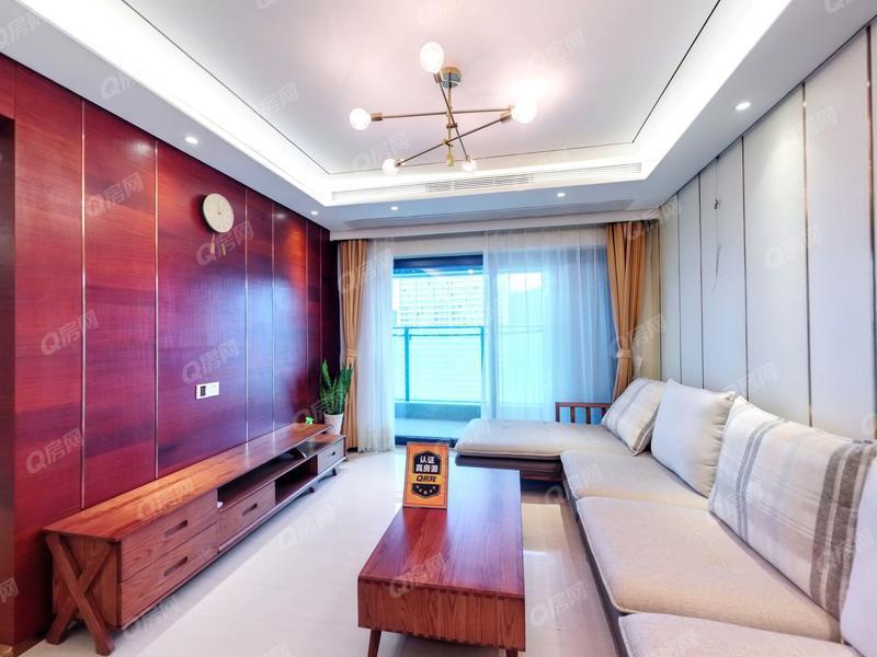 宝能城 3室2厅1厨1卫 75.53m² 精致装修