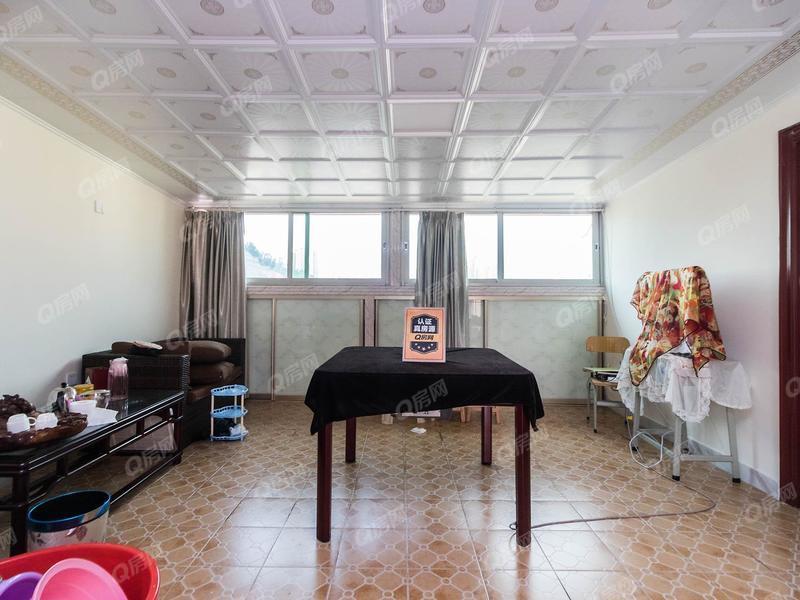 绿景山庄 四代同堂六居室----买一层送一层