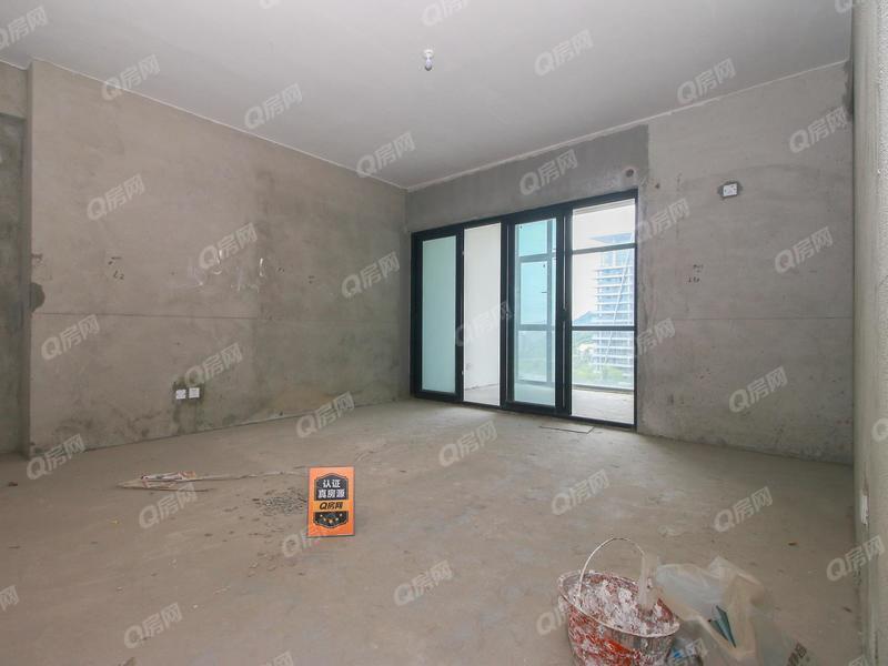 香格名苑 山脚下 业主已经从新装修好房子 买来拎包入住